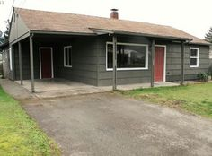 View 18 photos of this $159,900, 3 bed, 2.0 bath, 1260 sqft single family home located at 910 E Second Ave, Sutherlin, OR 97479 built in 1953. MLS # 17638057.