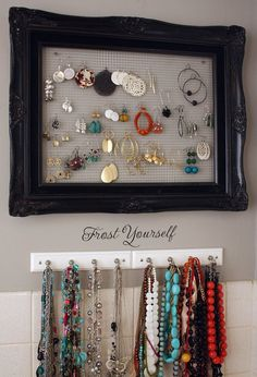 suchh a cool idea! spray paint an old frame and hang chicken wire on the back!