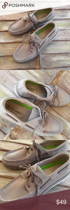 Mens Sperry Top Sider Boat Shoe; Size 10.5 M Sperry Top Sider Mens Boat Shoe (Suede); It. Tan, Size 10.5 M. Very nice casual, lightweight boat shoe!! Sperry Shoes Boat Shoes