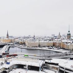 Head to Katarinahissen for this view. We're expecting more snow tomorrow! #visitstockholm #katarinahissen