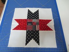 """We Quilt: A Disappearing Nine Patch """"STAR"""""""