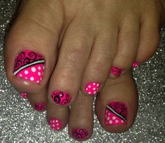 New black pedicure designs pink toes Ideas Pink Toe Nails, Pretty Toe Nails, Cute Toe Nails, Summer Toe Nails, Toenail Art Designs, Fingernail Designs, Pedicure Designs, Toe Designs, Finger Nail Art