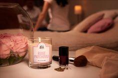 Rose Patchouli - #LaBelleMeche #BougieParfumee #ScentedCandle #lifestyle - Photographe : Blaise Arnold - Production : La Fabrique de Mai