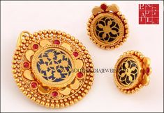 Gold Pendant Design From PN Gadgil & Sons ~ South India Jewels 1 Gram Gold Jewellery, Gold Jewellery Design, Gold Jewelry, Pendant Design, Pendant Set, Antique Gold, Antique Jewelry, Kundan Bangles, Gold Pendent