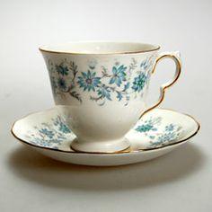 Vintage Colclough Braganza patt no 8454 teacup and saucer.