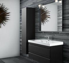 Stijlvolle kleine badkamer met hoge kast
