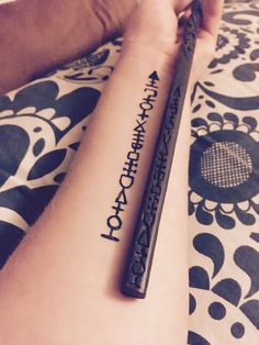 Sirius Black Magic Wand Tattoo self-made magic wand - Today PinYou can find Sirius black and more on our website.Sirius Black Magic Wand Tattoo self-made magic wand - Today Pin Diy Tattoo, Stab Tattoo, Tattoo Blog, Tattoo Arm, Tattoo Ideas, Tattoo Finger, Tattoo Flash, Tatto Harry Potter, Harry Potter Sirius
