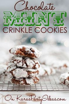 Chocolate mint crinkle cookies recipe! YUM! The best! Via Kara's Party Ideas | KarasPartyIdeas.com #chocolatecrinklecookies