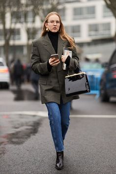The Latest Street Style From Paris Fashion Week Fall 2018 | WhoWhatWear AU