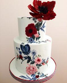 Via *** Poppy obsessed💙Mini Vuelta flowerprint folkart minicake elopement weddingcake DoubleTap & Tag a Friend below Amazing Wedding Cakes, Elegant Wedding Cakes, Amazing Cakes, Creative Desserts, Creative Cakes, Wedding Cakes With Cupcakes, Cupcake Cakes, Pretty Cakes, Beautiful Cakes