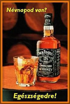 Welcome to Jack Daniel's Tennessee Whiskey. Discover the story of independence, the family of whiskies, recipes and the Lynchburg distillery. Jack Daniels 1l, Jack Daniels Party, Best Bourbon Whiskey, Tennessee Whiskey, Benefits Of Drinking Beer, Philippe Claudel, Best Bourbons, Distillery, Whiskey Bottle