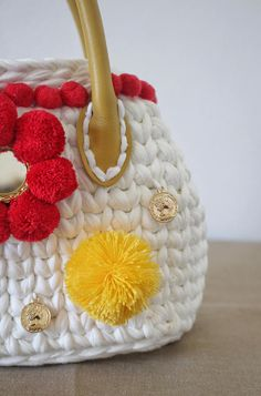 Chic Pom Pom Handbag for a boho summer! Bag inspired by Sicily, made in Italy from a mompreneur