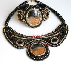 Embroidered brown bracelet beaded - Sunset in the desert