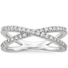 18K White Gold Bisou Diamond Ring, top view