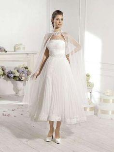 5c0ca975f3bd 29 fantastiche immagini su Scarpe e sandali da sposa Bridal shoes ...