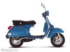 What's the most reliable scooter? What's the best scooter for commuters? What's the best scooter for adults? We've got the answers - Viso. 125cc Scooter, Scooter Bike, Kids Scooter, Vespa Px 150, Red Vespa, Vespa Ape, Vespa Piaggio, Vespa Lambretta, Vespa Scooters For Sale