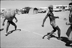 Magnum Photos Photographer Portfolio Guy Le Querrec FRANCE. Languedoc-Roussillon region. Pyrenees-Orientales department. Village of Argeles-Sur-Mer, Camping. Sunday 1st August, 1976