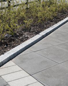Leppävaara 698x698x80 mm, musta betonilaatta http://www.rudus.fi/pihakivet