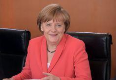 Kanzlerin Merkel im Kanzleramt (Archivbild): Keine Einwände gegen die Entlassung