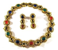 3pc SET VINTAGE MULTI COLOR LUCITE CABOCHONS ON GOLD TONE LINK NECKLACE EARRINGS