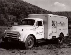 Old delivery truck pictures #2