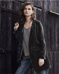Product Image of Long velvet jacket