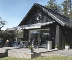 Summerhouse in Finland Black House Exterior, Grey Exterior, Small Summer House, Summer Houses, Summer Cabins, Miller Homes, Weekend House, Prefabricated Houses, Cabins And Cottages