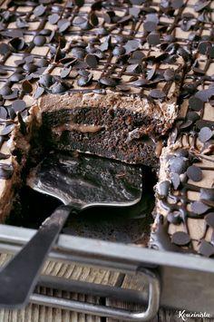 Τρυπάτο σοκολατένιο κέικ ψυγείου / Chocolate poke cake