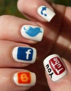 The 5 major social media sites on your nail polish
