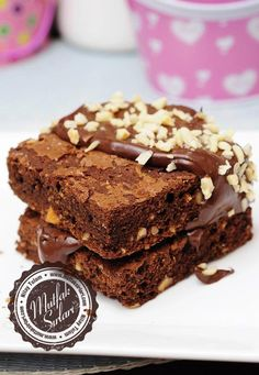 fındıklı brownie Turkish Recipes, Ethnic Recipes, Blondie Brownies, Blondies, Allrecipes, Baked Goods, Chocolate Cake, Sweet Treats, Deserts