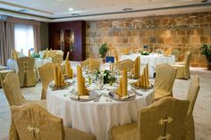 Enjoy your wedding banquet at Elba Estepona Gran Hotel. Costa del Sol for your wedding abroad.