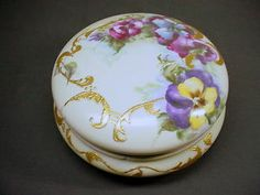 OLD LIMOGES T & V FRANCE LARGE COVERED BOX w HAND PAINTED PANSIES SIGNED
