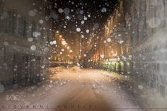 White by night - null