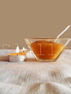 MELE PIANGENTI E BRUCIANTI RRR STYLE (Recupero, Rispetto, Risparmio)-Confettura speziata di mele e cipolle per carne di maiale  Vai alla ricetta: http://slelly.blogspot.it/2014/09/mele-piangenti-e-brucianti-rrr-style.html