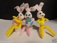 vintage-Easter-Bunny-Rabbits-Ornaments-Flocked-Foam-felt-yarn
