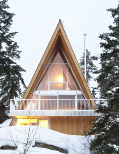 Whistler Cabin By Scott And Scott Architects Is A Mountainside Cabin With An  A Frame