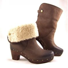 Women's UGG Lynnea Clog Boots in Chocolate Leather