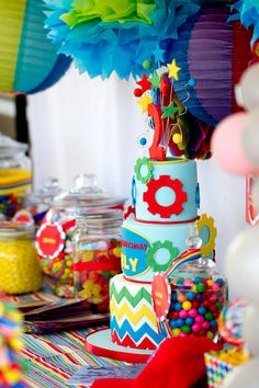 TONS of birthday party ideas!
