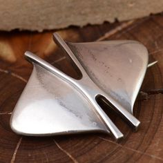Vintage Modernist Norway Sterling Silver pin by Tone Vigeland