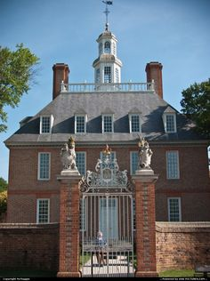 Governor's mansion. WIlliamsburg, VA  UAL 'gang' held our 40th reunion here in 2006.  We had a ball!