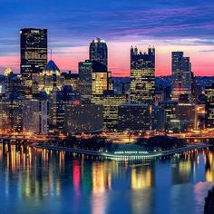 For a few minutes this morning, downtown #Pittsburgh had a beautiful backdrop of pinks and blues just before sunrise.