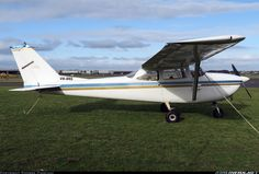 Cessna 172F Skyhawk aircraft picture