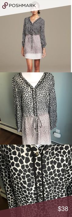 Banana Republic Giraffe Print Dress Like new! Long sleeve dress ties at the waist. Buttons on the chest. 100% polyester Banana Republic Dresses Midi