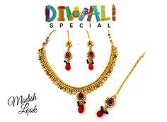 Har chaukhat par Noor Tera isi tarah sada chamakta rahe! This festive season Celebrate the beauty in you. Happy Diwali! Price: Rs 1450 ( Free Shipping )