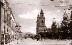 Fotos de Morelia, Michoacán, México: Avenida Madero