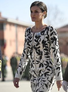 4b87805e760 Queen Letizia attended the delivery ceremony of the National Flag