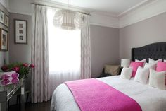 Discover beautiful bedroom designs for couples and get inspired by them. These master bedrooms have been designed and decorated with lots of love and care.