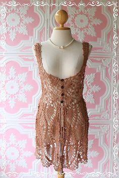 <3, would make a nice dress too, if make bottom longer.