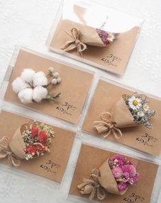 ✔ Diy Wedding Present Crafts … - Geschenke Diy Gift Box, Diy Gifts, Handmade Gifts, Diy Wedding Presents, Wedding Gifts, Creative Gift Wrapping, Creative Gifts, Wrapping Gifts, Diy And Crafts