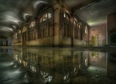 Andre Govia's Haunting Photos of Abandoned Places: Andre Govia Photo